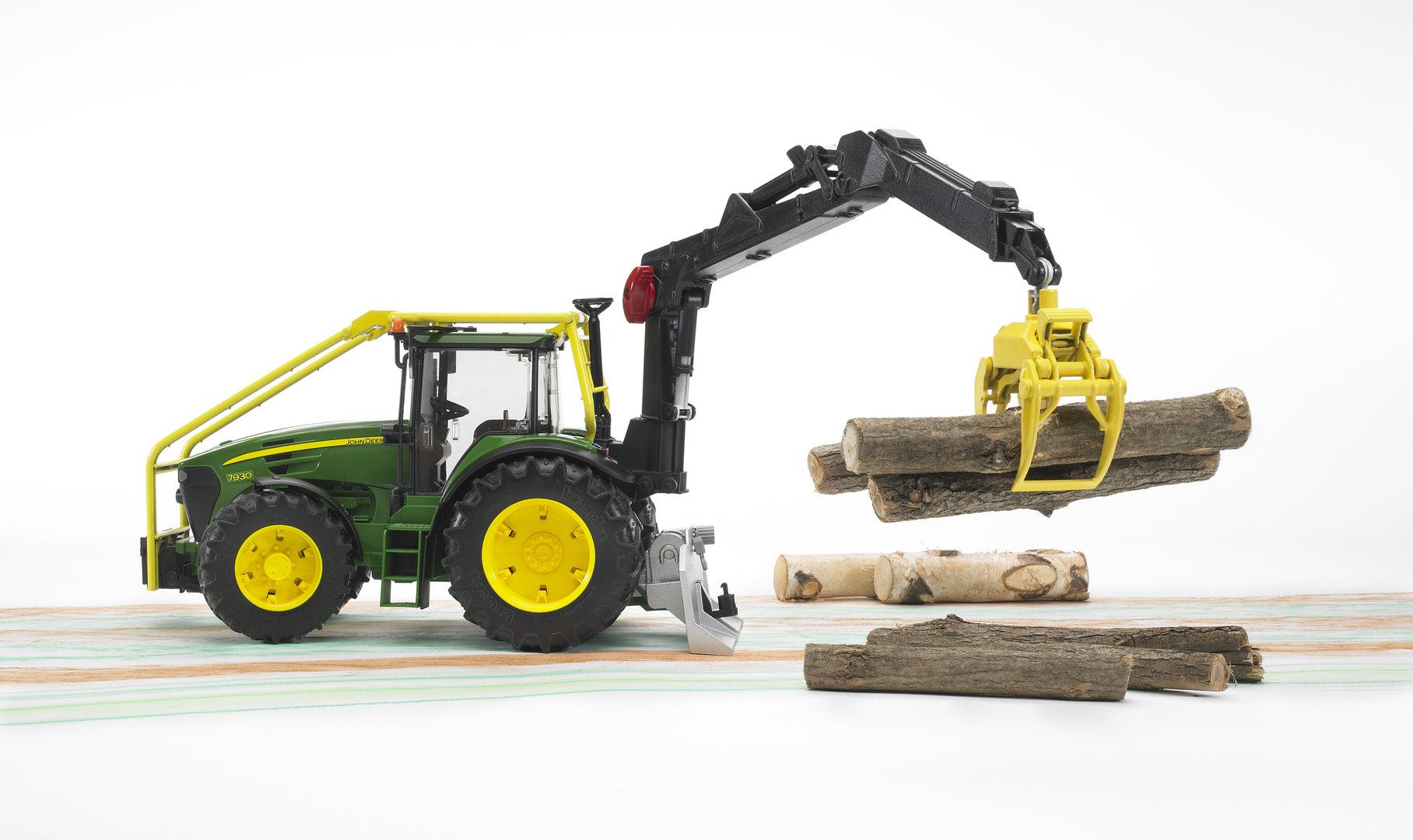 john deere 7930 forsttraktor bruder john deere bruder 7930. Black Bedroom Furniture Sets. Home Design Ideas