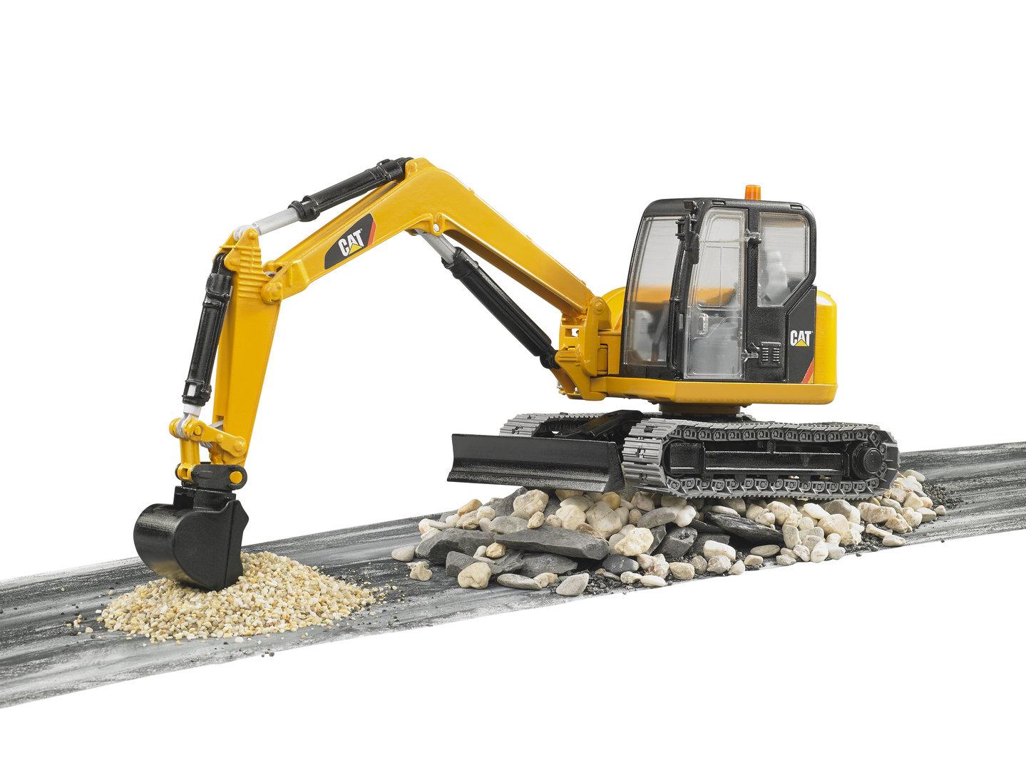 caterpillar minibagger bruder bagger bruder cat bagger 2456. Black Bedroom Furniture Sets. Home Design Ideas